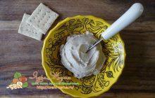 крем сыр из миндаля