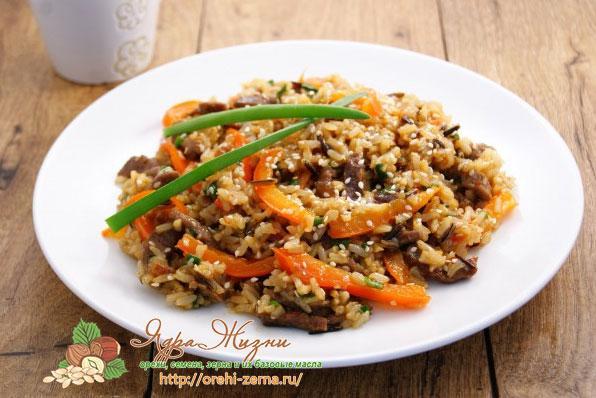 смесь дикого риса с мясом