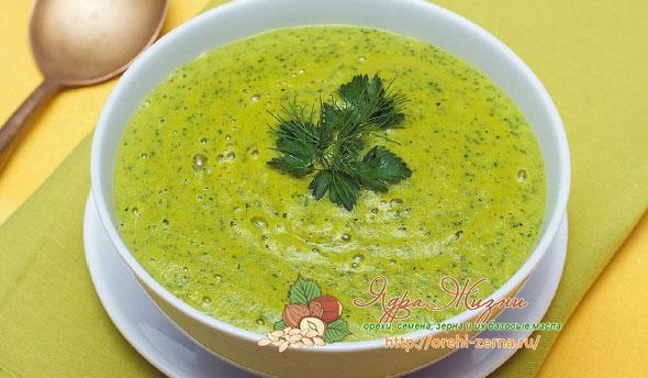 суп из амарантовых листьев