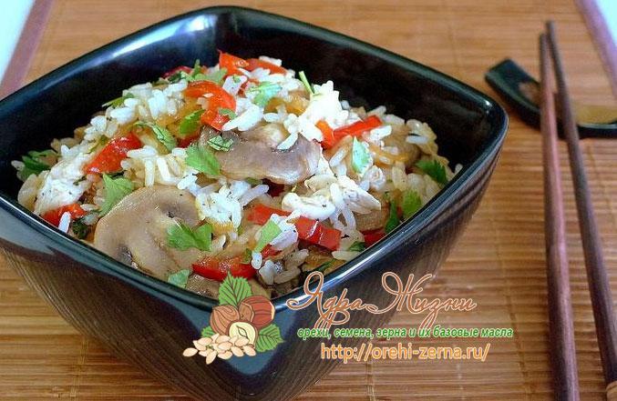 рис жасмин с курицей и грибами