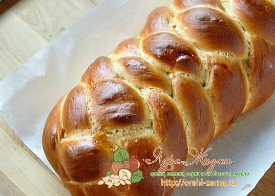 плетенный хлеб Хала