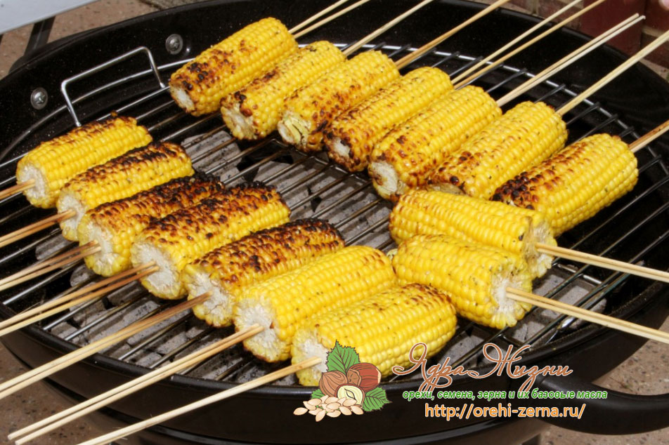 как жарить кукурузу на мангале