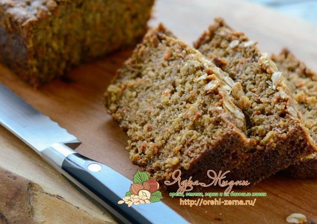 пряный морковный хлеб с корицей и орехами