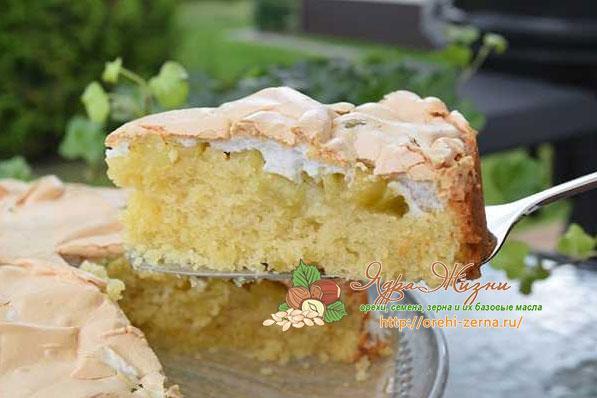 пирог с меренгой и ревенем