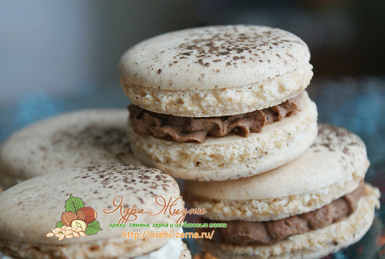 Печенье макарон с арахисовой мукой