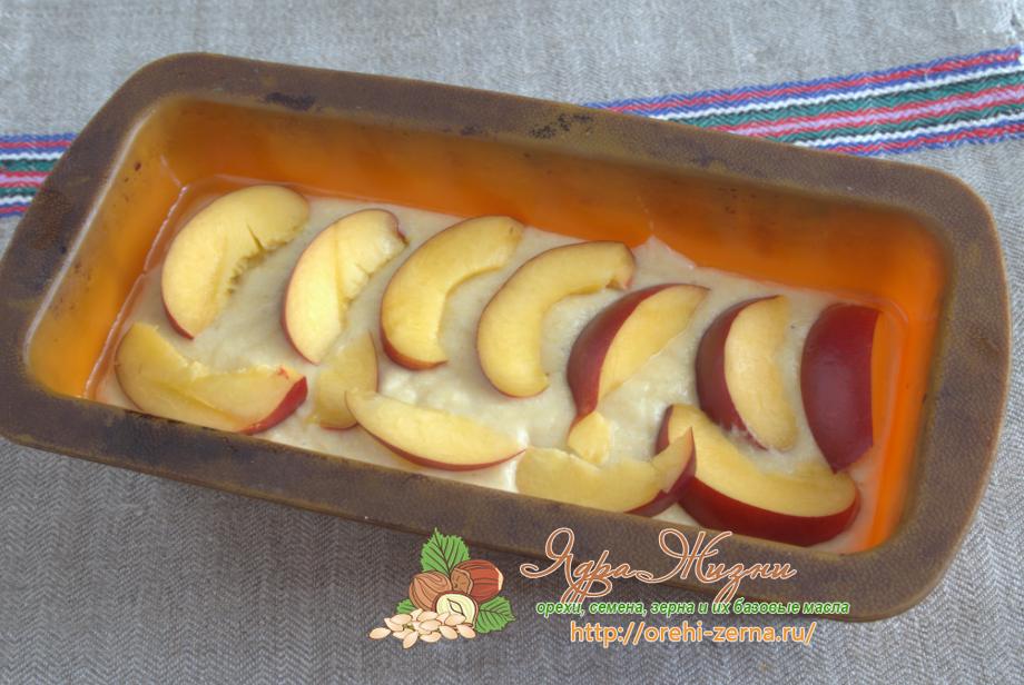 манник с персиками и кукурузной мукой рецепт