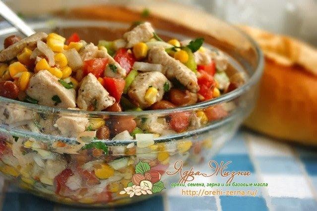 Куриный салат с фасолью и кукурузой