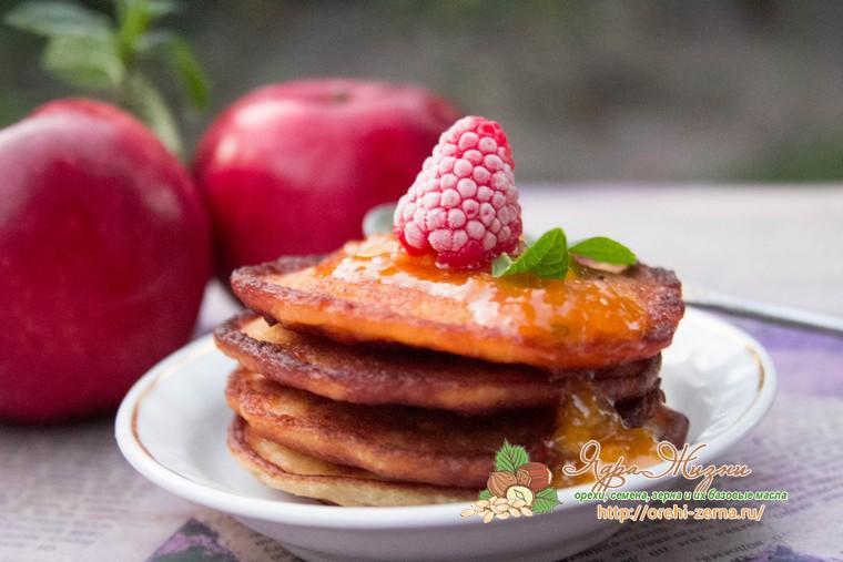 оладьи из овсяной каши с яблоками