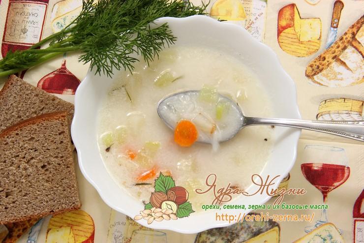 Сырный суп с рисом и сельдереем рецепт