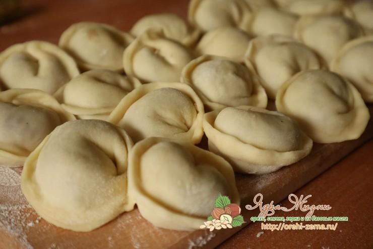 тесто для вареников и пельменей рецепт приготовления с фото