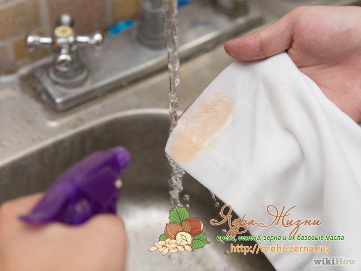 Как отстирать соевый соус: чем убрать пятна на белом и цветном