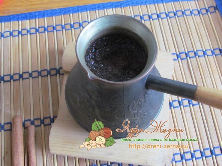 Кофе с ликером и молоком Амаретто рецепт