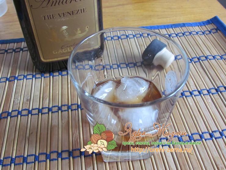 Кофе с ликером и молоком Амаретто рецепт в домашних условиях