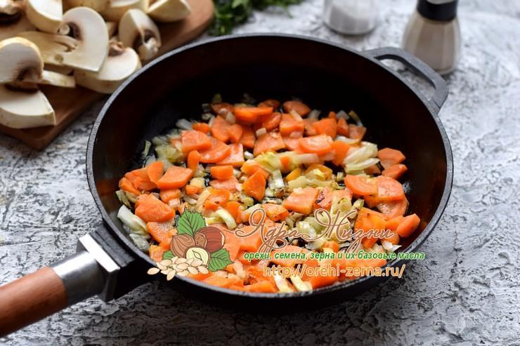 Гречка с грибами в горшочках рецепт