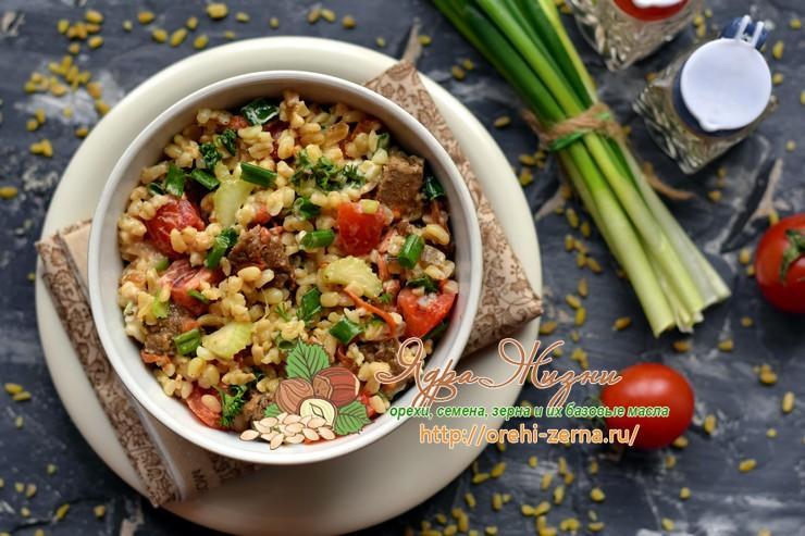 Салат с булгуром и овощами на праздничный стол: рецепт в домашних условиях