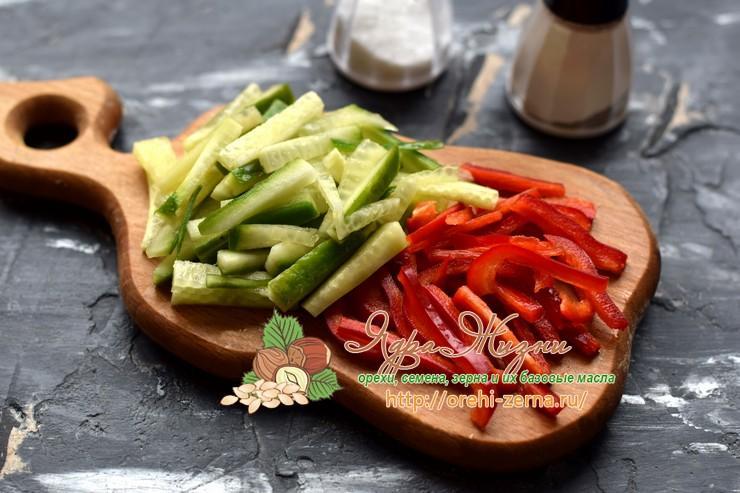 салат с фунчозой рецепт на праздничный стол