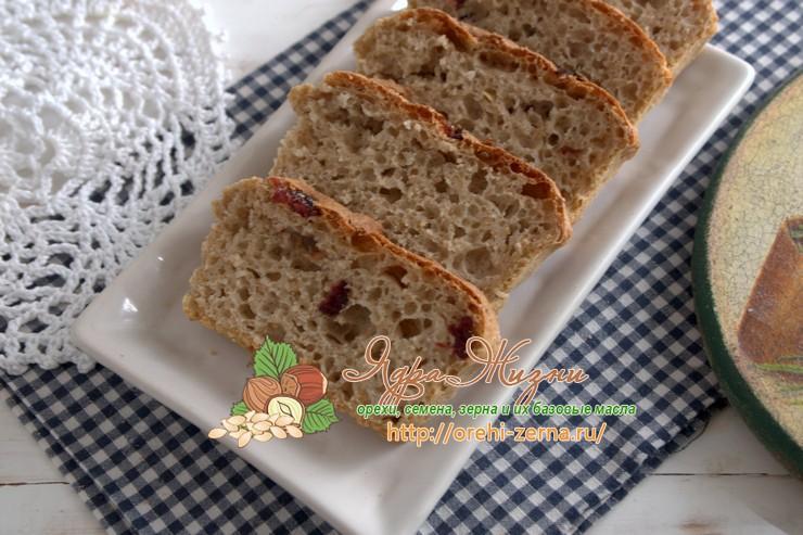 Цельнозерновой хлеб с сушёной клюквой: рецепт в домашних условиях