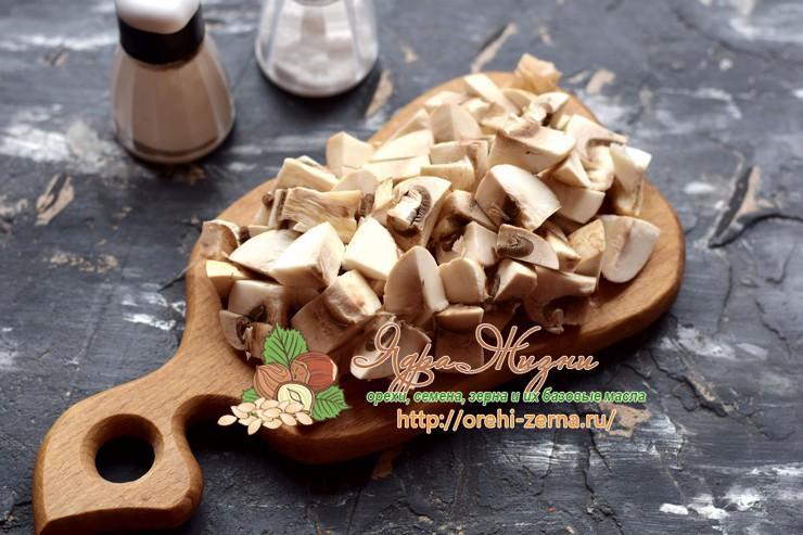 Салат со стручковой фасолью, чечевицей и грибами рецепт с фото