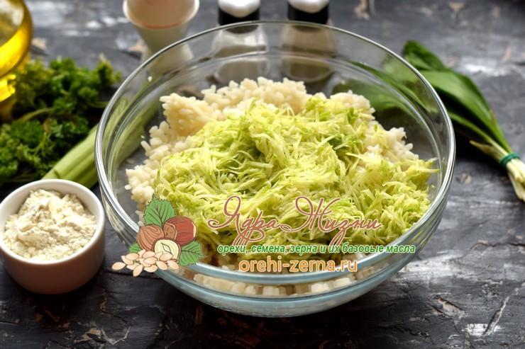 котлеты с рисом и кабачком рецепт