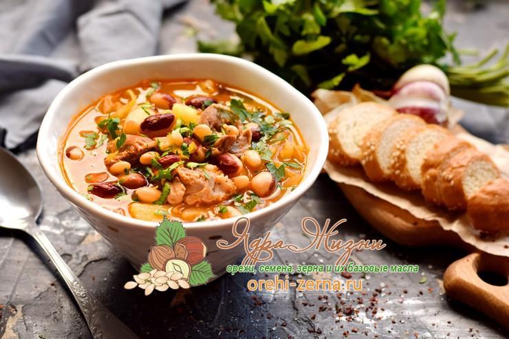 Щи с фасолью и куриными желудками: рецепт в домашних условиях