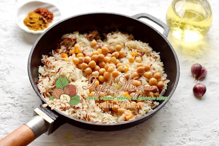 постный плов с нутом из двух видов риса рецепт в домашних условиях
