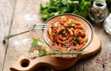 Кальмары с фасольюв томате: пошаговый рецепт в домашних условиях