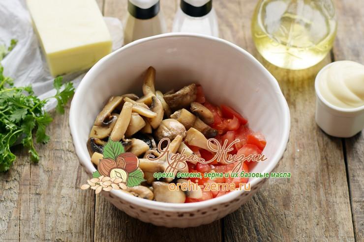 Салат с консервированной фасолью и грибами пошаговый рецепт