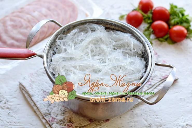 салат из фунчозы с ветчиной рецепт