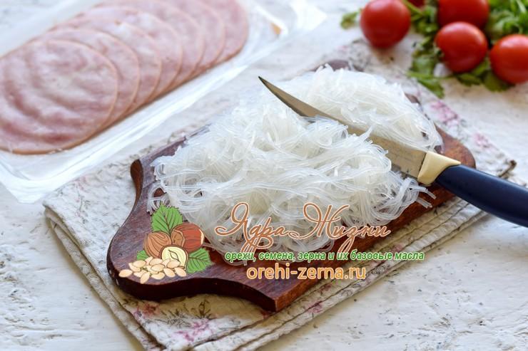 салат из фунчозы с ветчиной рецепт с фото