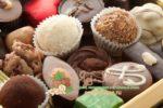 Миниатюра к статье Какие конфеты и сладости без пальмового масла — польза и вред для организма, марки конфет в России с содержанием и без, список