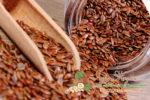 Миниатюра к статье Лечение семенами льна: полезные свойства и рецепты применения от различных болезней